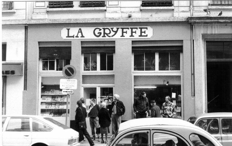 1985-devant-la-gryffe