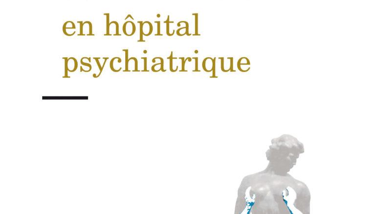 """Couverture du livre """"Le travail des infirmiers en hôpital psychiatrique"""" de Frédéric Mougeot. Couverture assez sobre. Fond blanc Nom de l'auteur en haut à droite, titre en jaune foncé avec deux grand tirets noirs en-dessus et au-dessous. En bas à droite on voit une silhouette grise de statue (la psychiatrie ?) soutenue par trois personnage bleu-blanc (les infirmiers), et c'est tout. Nom de l'éditeur en bas à gauche, avec la collection """"clinique du travail""""."""